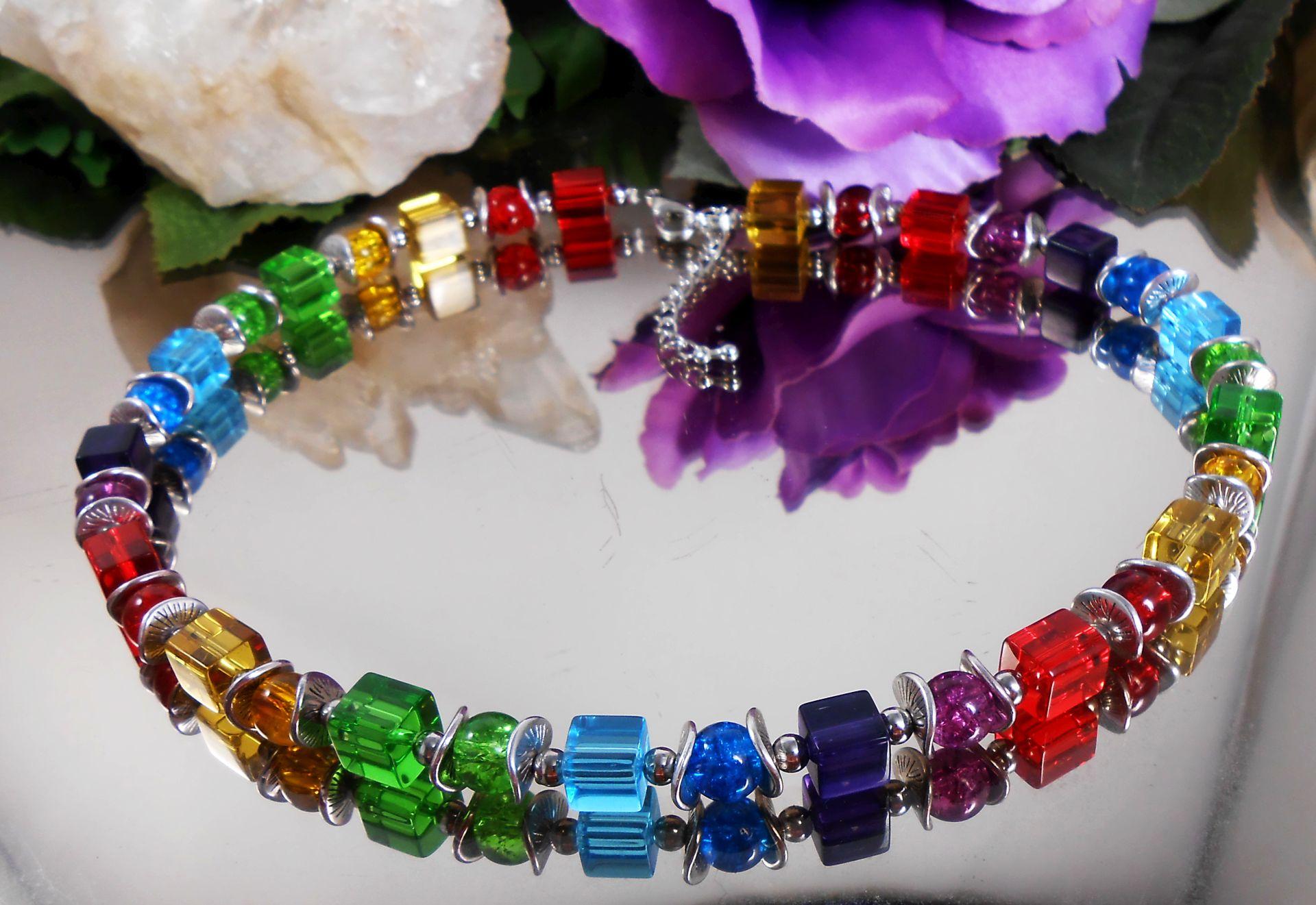 Design Würfelkette in Regenbogen Farben Glas Würfel + Crackle Glas ...